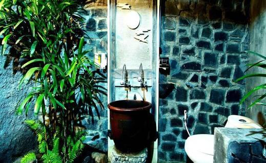 Kampung Labasan Resort Kaliurang - Kamar mandi