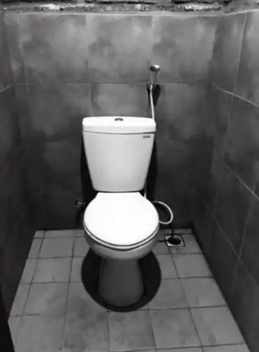 Bali Eco Living Dormitory Bali - Bathroom