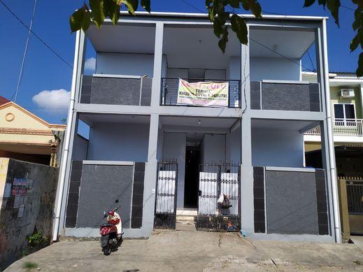 OYO 2293 Lulu Homestay Makassar - Facade