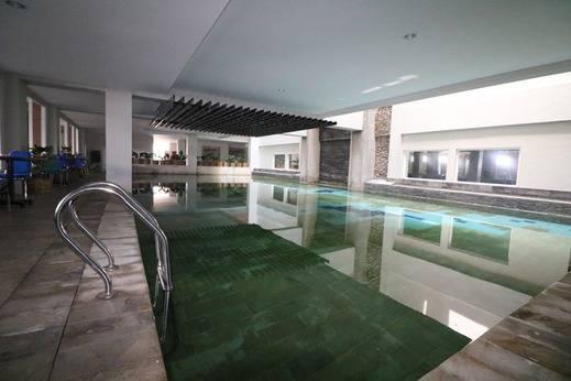 NIDA Rooms Simpang Lima Jogja - Kolam Renang