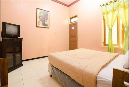 Hotel Serayu Malang - Room