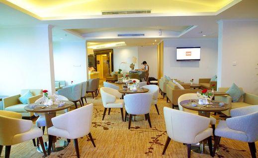 Hotel Menara Peninsula Jakarta - Lounge