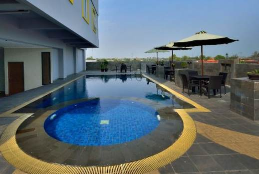 Hotel Dafam Pekalongan - Outdoor Pool