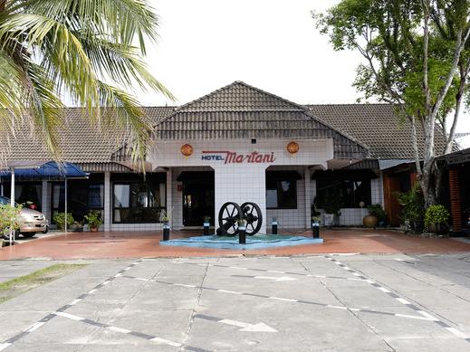Hotel Martani Belitung - Facade