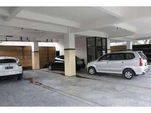 Griya 18 Bali - parking area