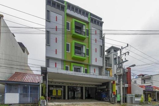 RedDoorz Syariah @ Kampung Bintang Pangkalpinang - Exterior