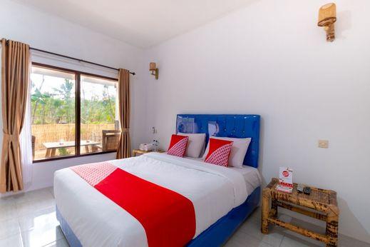 OYO 1402 Hallway Homestay Lombok - Bedroom