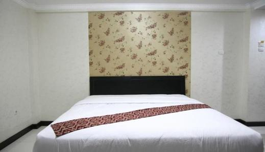 Kristalia Hotel Bandung - Bedroom