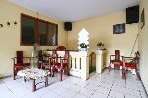 Hotel Setia Budi Malang - Living Room