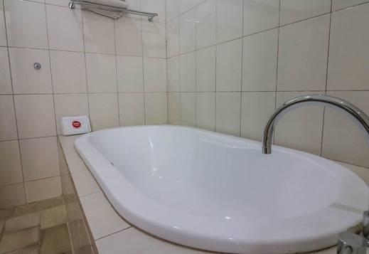 NIDA Rooms Gianyar Saraswati Charm Bali - Kamar mandi
