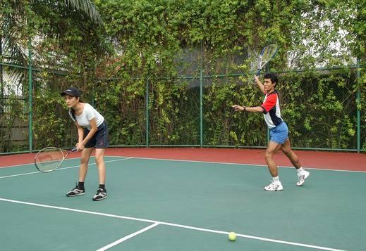 Batavia Apartment, Hotel & Serviced Residence Jakarta - Tennis Court