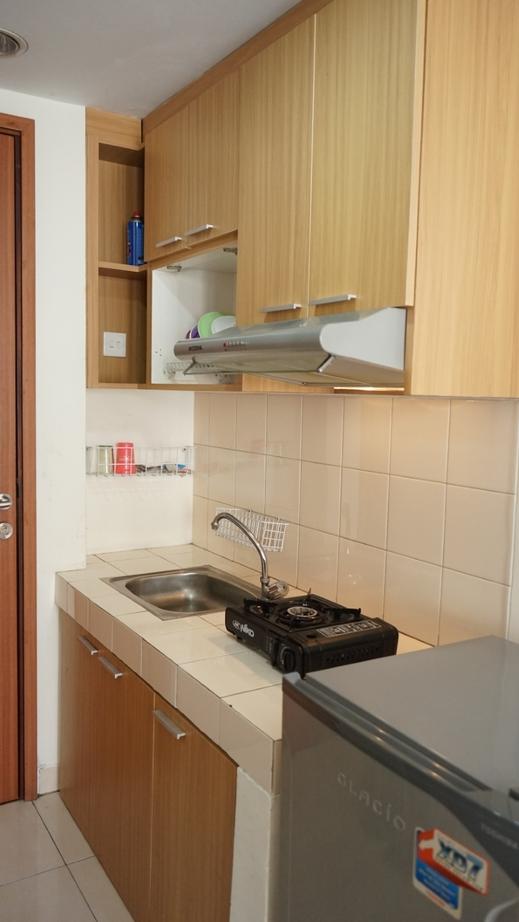 Premi Inn Margonda Residence Depok - Kitchen