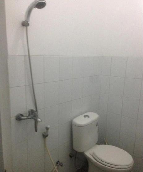 Villa Vania Lembang Bandung - Bathroom