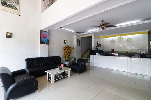Hotel Mustika Sari Makassar - exterior