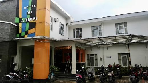 OYO 2554 Hotel Arimbi Lama Dewi Sartika Bandung - Facade