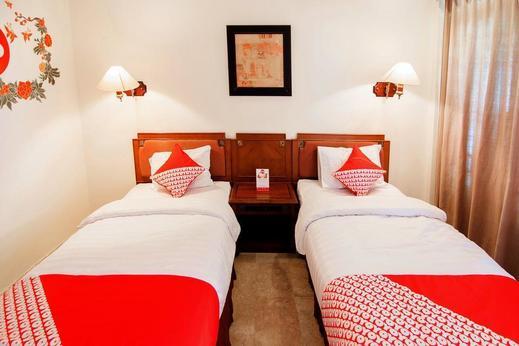OYO 194 Hotel Sapta Gria Near RS Bethesda Jogja - Bedroom
