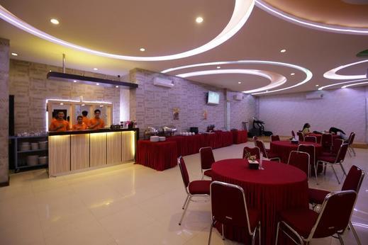 Airy Pontianak Selatan WR Supratman 33 - Restaurant
