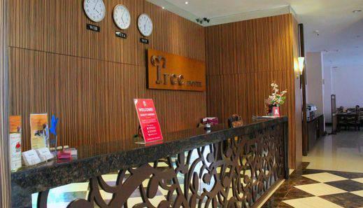 ZEN Rooms Pandang Raya Makassar - Resepsionis