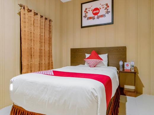 OYO 741 Hotel Labuhan Raya Medan - Bedroom DS