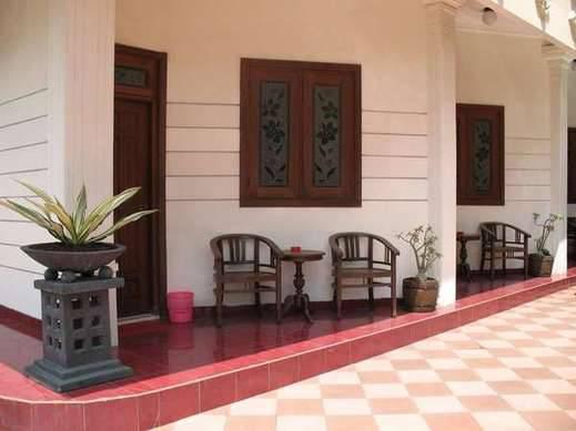 Hotel Mangkuyudan Solo - Sekitar Hotel