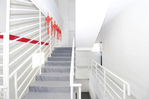 Airy Blok M Panglima Polim Empat 46 Jakarta Jakarta - Stairs