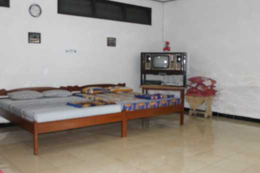 Homestay Rivalia Magelang - Bedroom