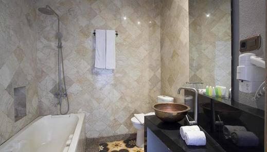Casa De Apple Bandung - Bathroom