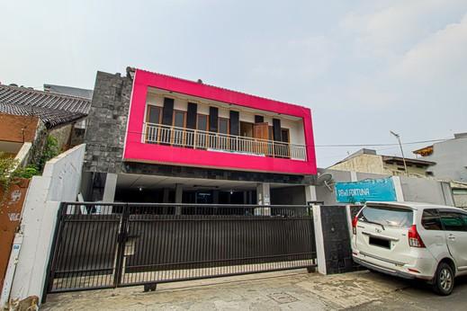 Guest House Dewi Fortuna Jakarta - K