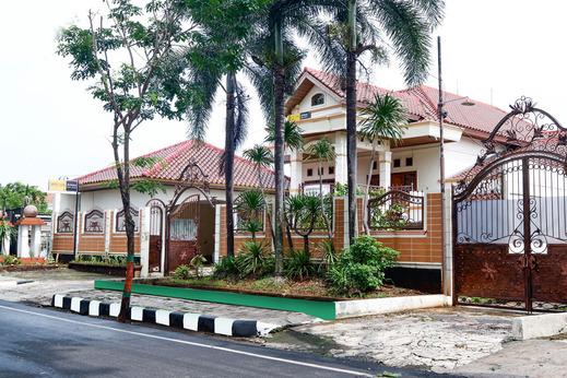 SPOT ON 2618 Jepara Guest House Jepara - Facade