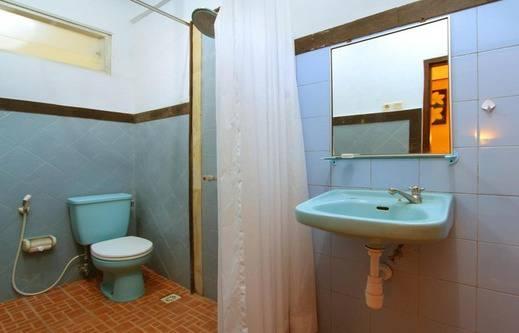 Hotel Jati & Homestay Sanur - Kamar mandi