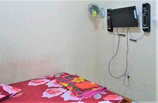 Homestay Puspita Pacet Mojokerto - Bedroom