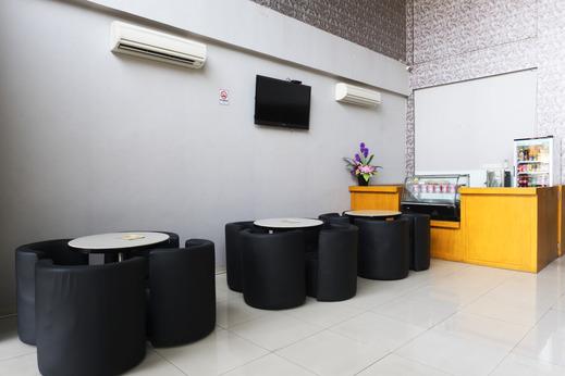 Hotel New Star Jakarta - Sitting  Room