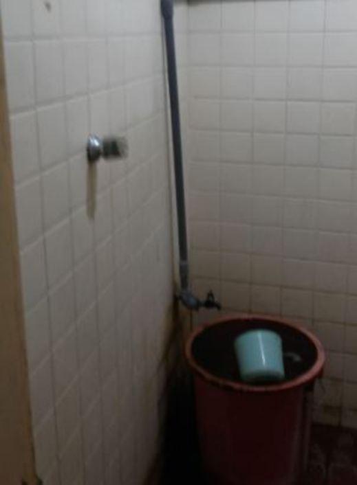 Hotel Indah Syariah Surabaya - Bathroom