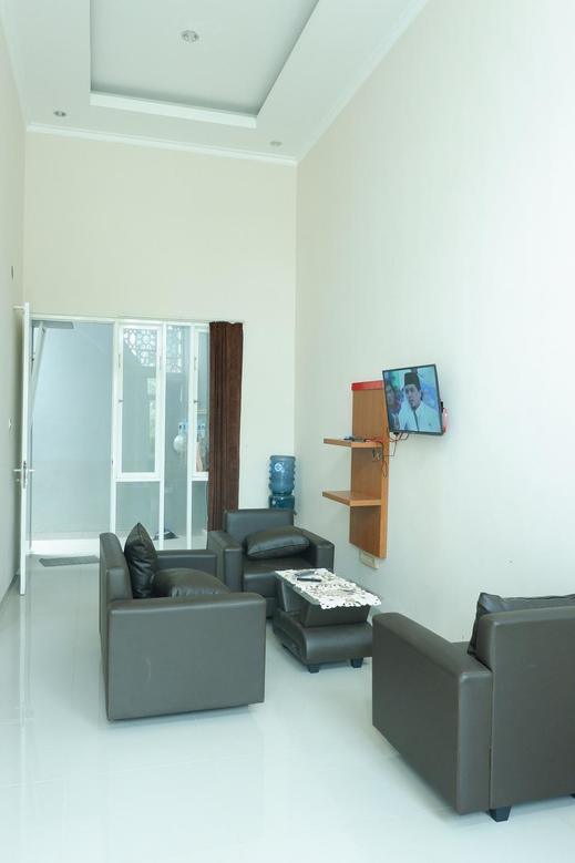 Villa Arkana - 2 Bedrooms Malang - Interior