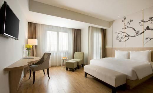 Hotel Santika Mega City Bekasi - Premiere Room King