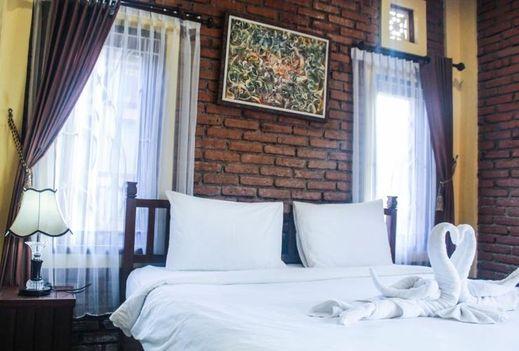 The Garuda Villa & Restaurant Bali - Bedroom