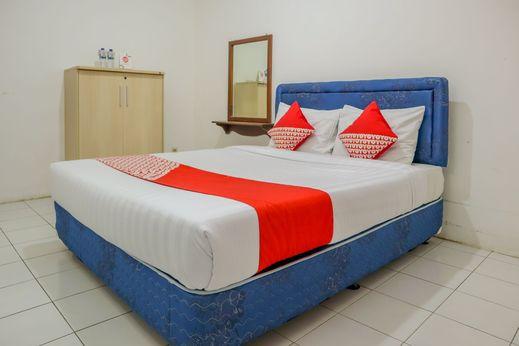 OYO 1395 Carita Asri Villas & Resort Pandeglang - Bedroom