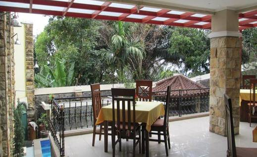 Scarlet Bukit Pakar Hotel Bandung - Common Space