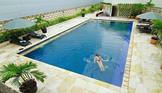 Premier Basko Hotel by LARIZ Padang - Facilities