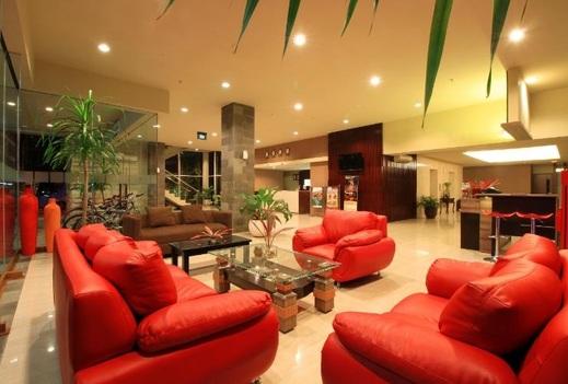 Bueno Colombo Hotel Jogja - lobby