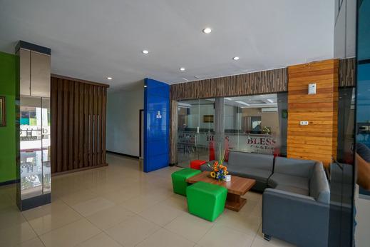 OYO 575 Blessing Hotel Palembang - Lobby Area