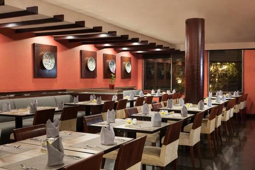 Hotel Santika Semarang - Cafe Delima