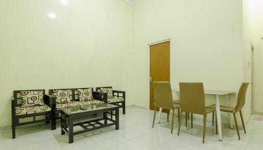 Villa Puncak Garuda D6 Malang - Interior