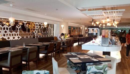 The Excelton Hotel Palembang Palembang - Restaurant
