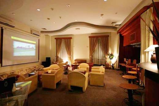 Travellers Hotel Jakarta - Lounge