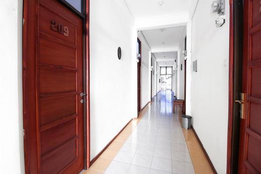 Airy Eco Syariah Gubeng Moestopo Gang Kedung Pengkol Surabaya - Interior Detail