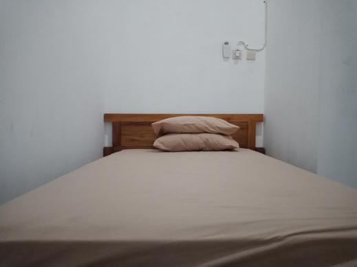 Kendang Kempul Hostel Banyuwangi - Bedroom