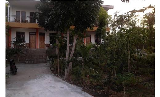 The Teuz B&B Manggarai Barat - Exterior