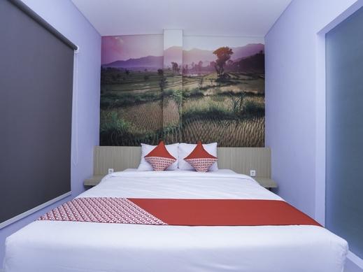 OYO 1428 Miko Capsule Hotel Sidoarjo - Bedroom