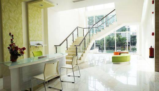 ZEN Rooms Manyar Kertoarjo Surabaya - Lounge